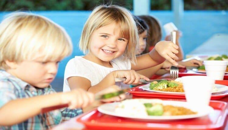 التغذية السليمة لأطفال المدارس