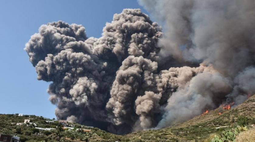 إيطاليا بعد ثوران الفايرس.. ثوران بركان