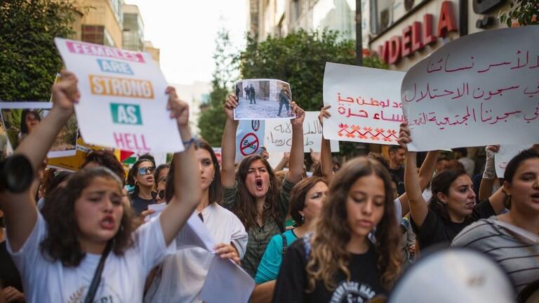 (طالعات): ثورة نسائية فلسطينية تجتاح  العالم