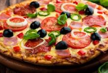 طريقة عمل بيتزا الفرن بسرعة وسهولة