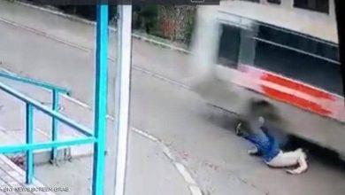 فتاة روسية تنجو من الموت بأعجوبة