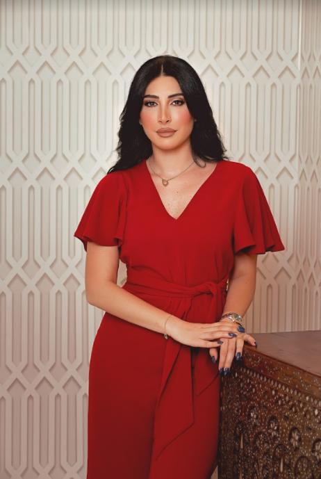 من تصاميم مصممة الأزياء اللبنانية نور فتح الله