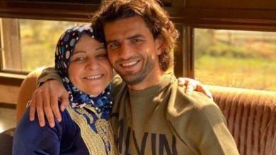ميدو مع والدته