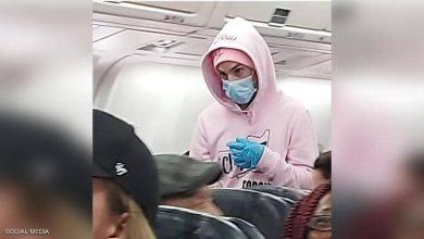 لمح جيمس إلى أنه يعاني من كورونا على متن الطائرة