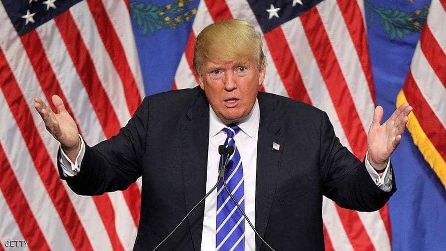 """تويتر متهم  بـ""""فرض رقابة على ترامب لصالح الديمقراطيين"""