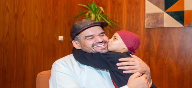 حسين الجسمي يقابل سجى المغربية ويغني معها