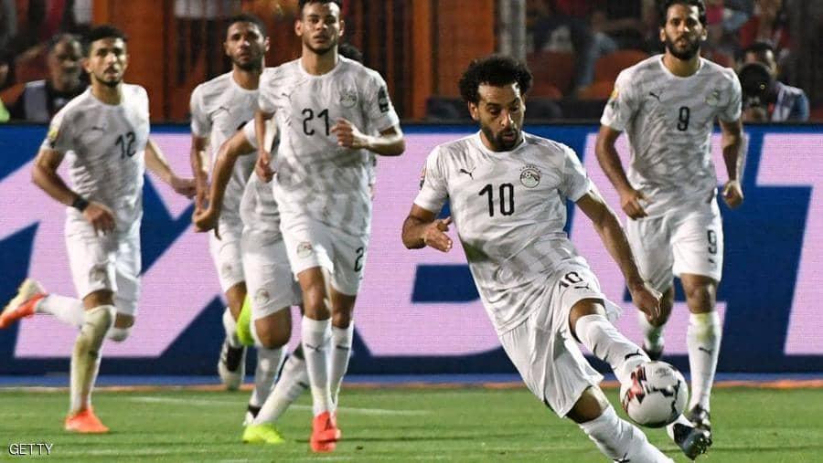 المنتخب المصري يفوز على أوغندا ويتصدر مجموعته في كأس أمم أفريقيا