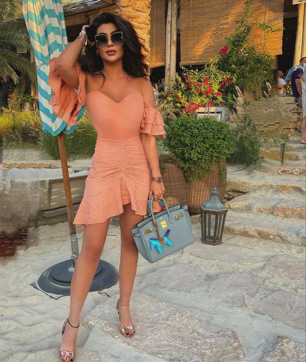 فستان ناعم بتصميم صيفي
