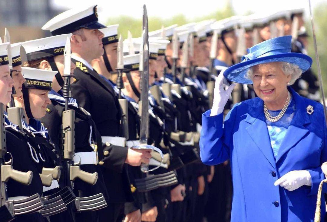 ثلثا البريطانيين يريدون أن تظل الملكة تمارس واجباتها الملكية حتى آخر حياتها-الصورة من أنستغرام