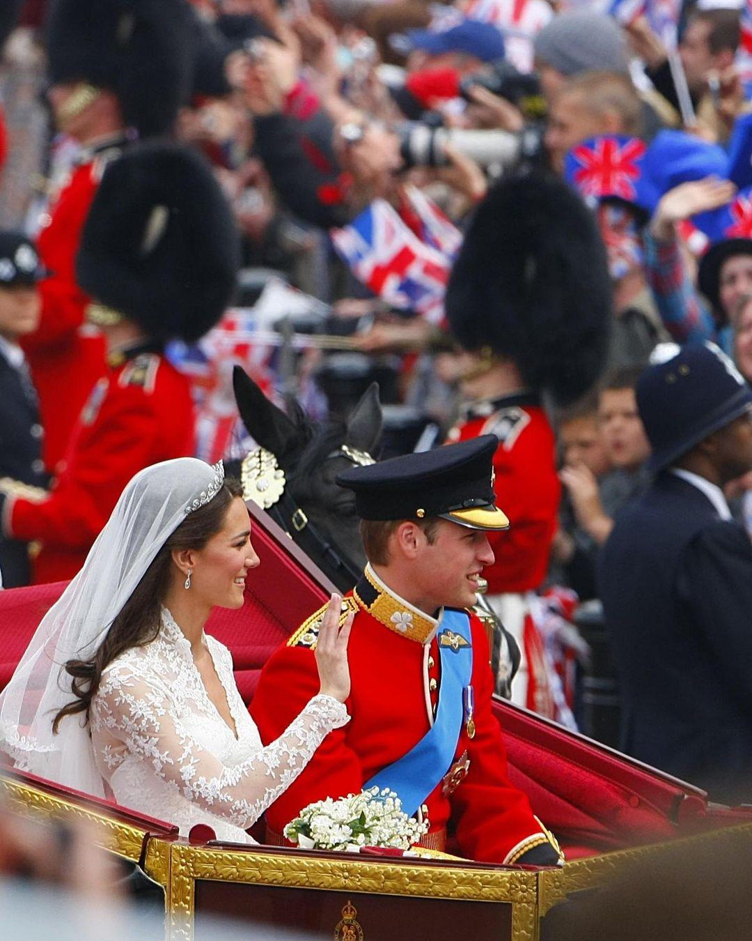 الأمير ويليام وكيت يوم زفافهما التاريخي عام 2011-الصورة من أنستغرام