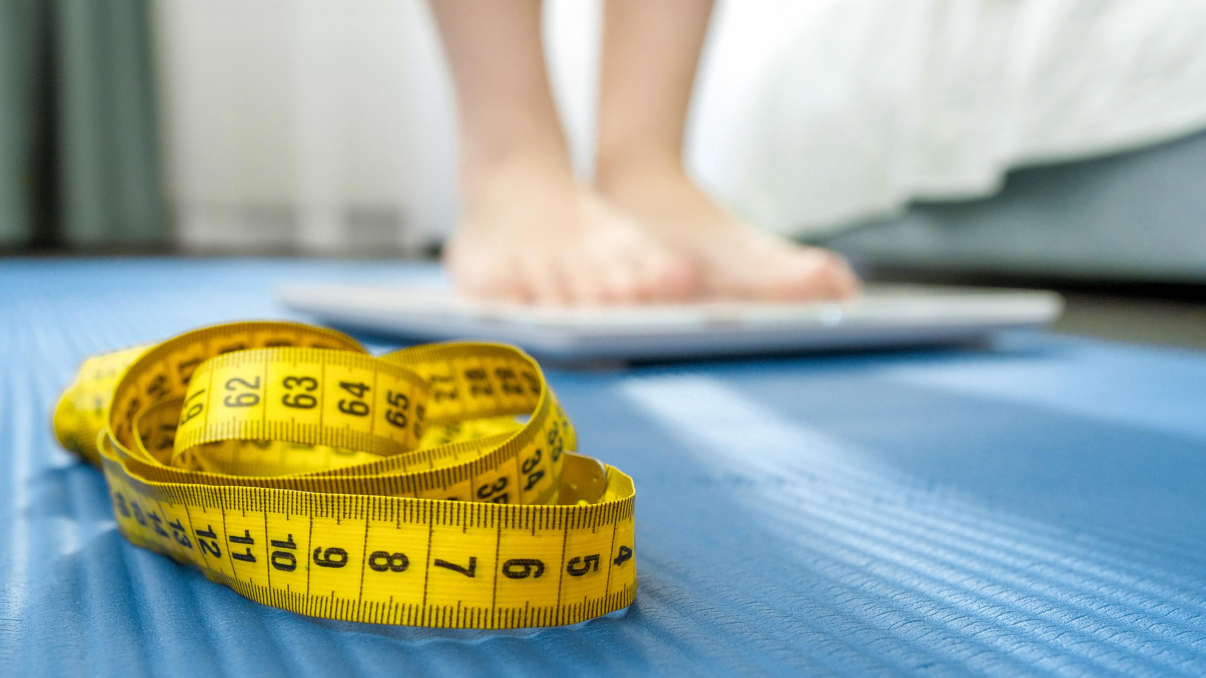 شريط قياس دهون الجسم