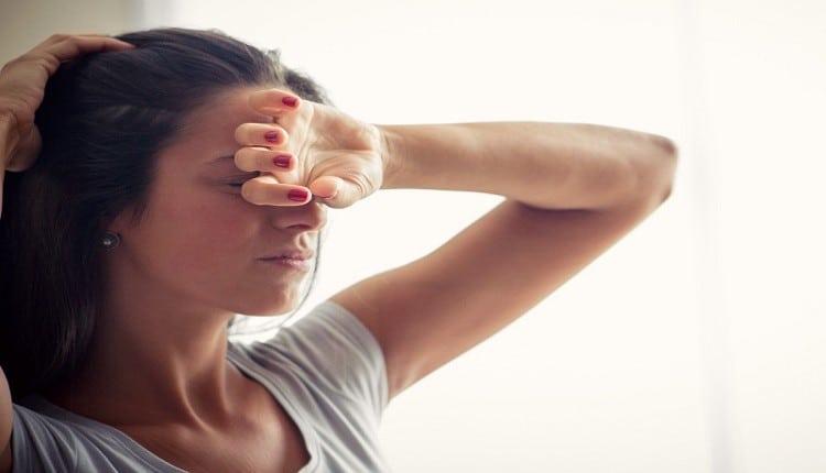 اعراض سن اليأس المبكر