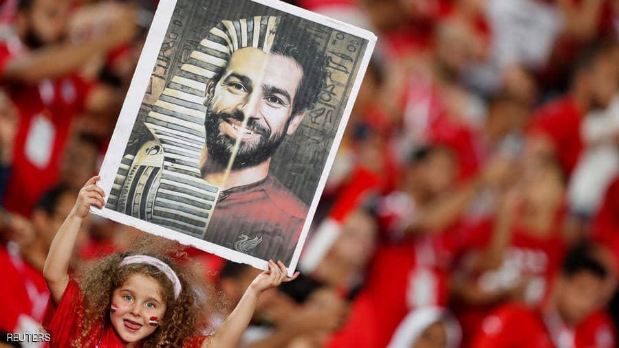 صلاح نجم ليفربول يرفض عرضا كبيرا للتخلي عن النادي لكنه يبقي الباب مفتوحا