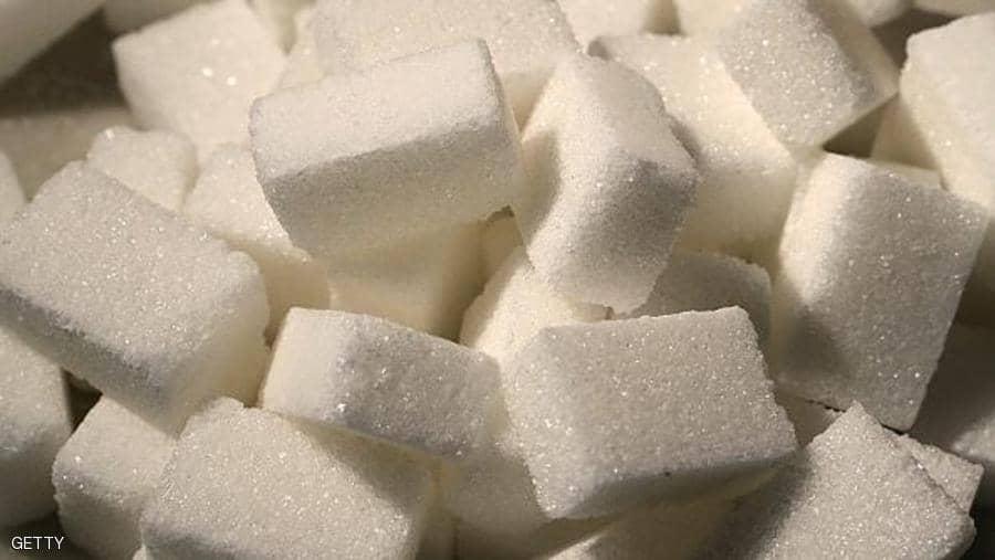 الأضرار الصحية الناتجة عن الإفراط في تناول السكر
