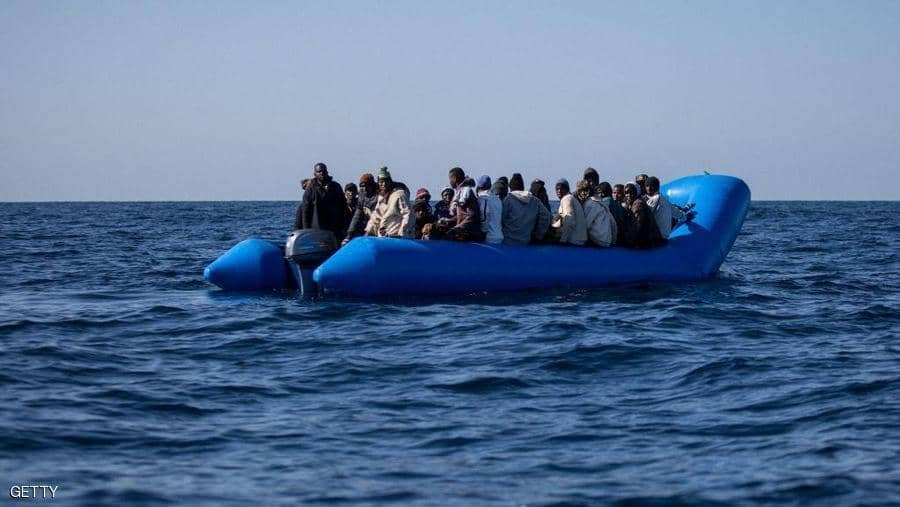 في ليبيا غرق 50 مهاجرا على متن قارب متجه الى أوروبا