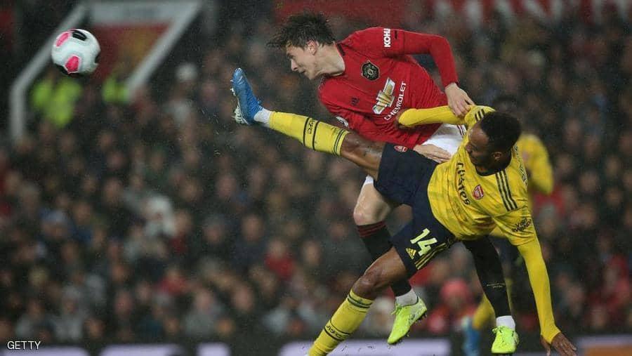مانشستر يونايتد يتعادل مع أرسنال بعد عرض خجول في الدوري الإنجليزي