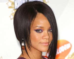 Rihanna اغاني تتصدر الرقم واحد بالمبيعات